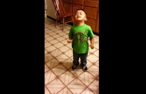Adorable three year-old argues for cupcakes for dinner!